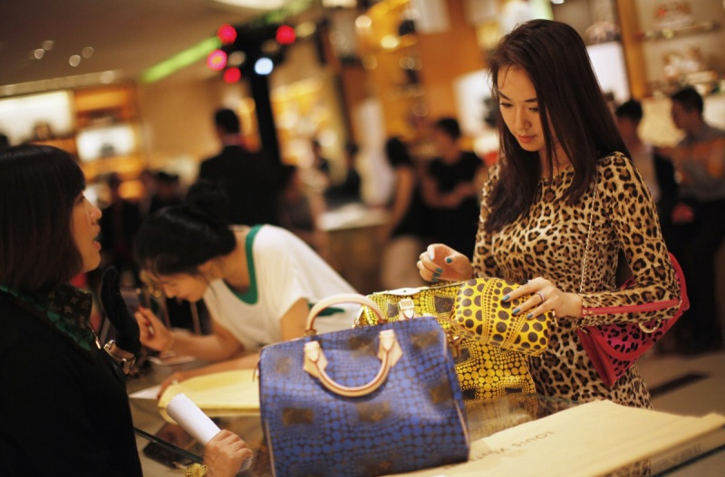 Sell Bags in China via E-Commerce is a great idea