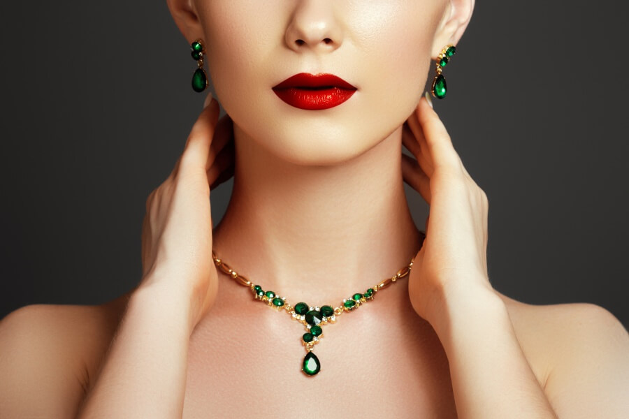 Huge E-commerce Opportunities for International Jewellery in China