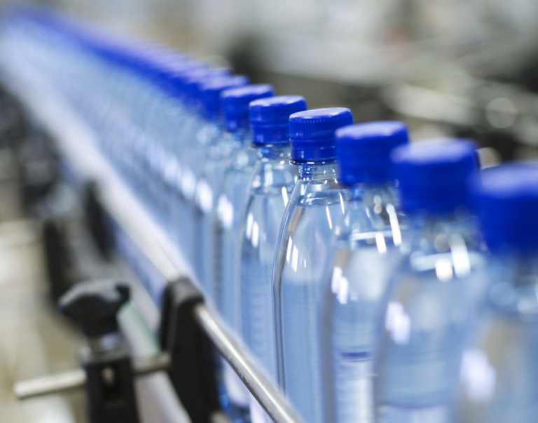 Bottled Water, the king of China's Beverage Market